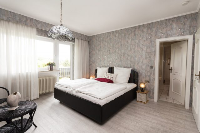 6 Schlafzimmer